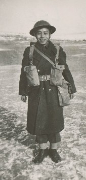 Soldat Ed Lee à Maple Creek, Saskatchewan, 1944.