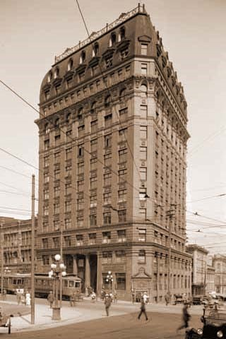 Le Dominion Building, en 1915