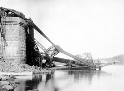 Québec Bridge Disaster
