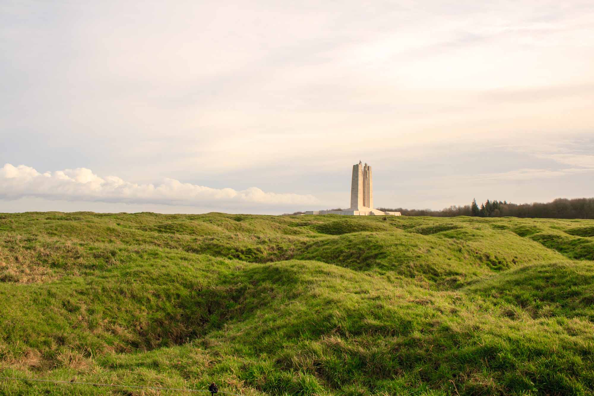 battle of vimy ridge the canadian encyclopedia vimy monument