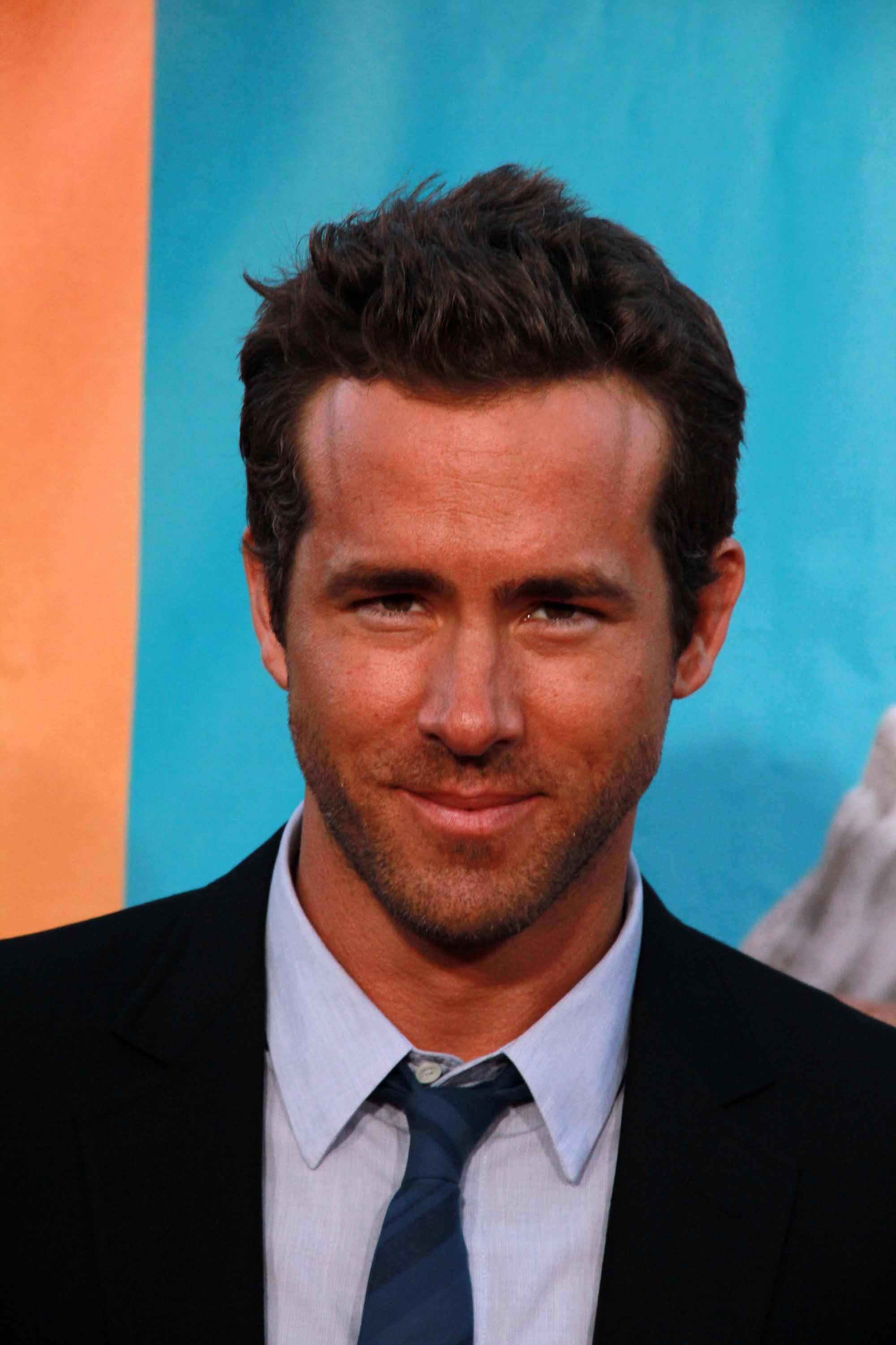 Ryan Reynolds - The Ca... Ryan Reynolds