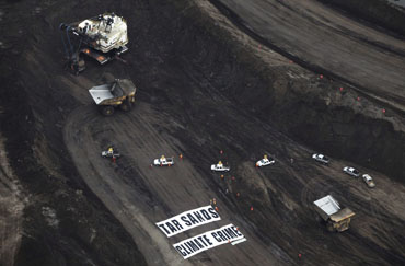 Greenpeace Tar Sands Action, Aerial View
