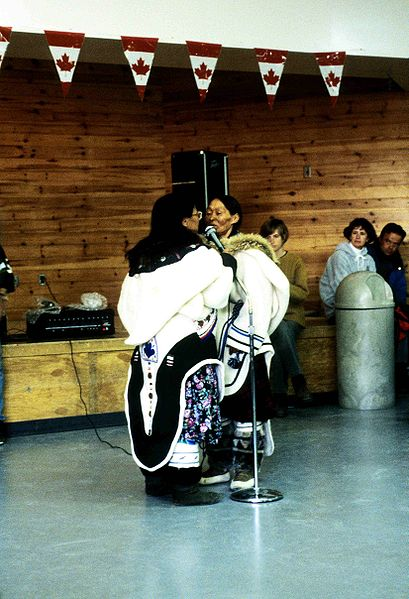 Inuit Vocal Games