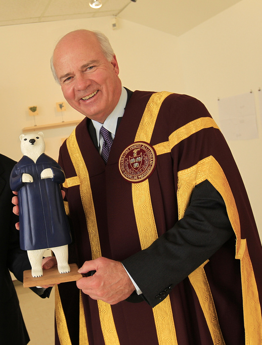 Peter Mansbridge at Mount Allison University, 2011