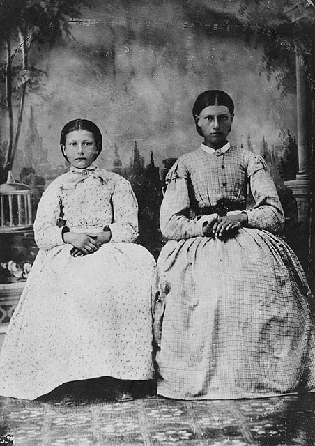 Eulalie and Henriette Riel