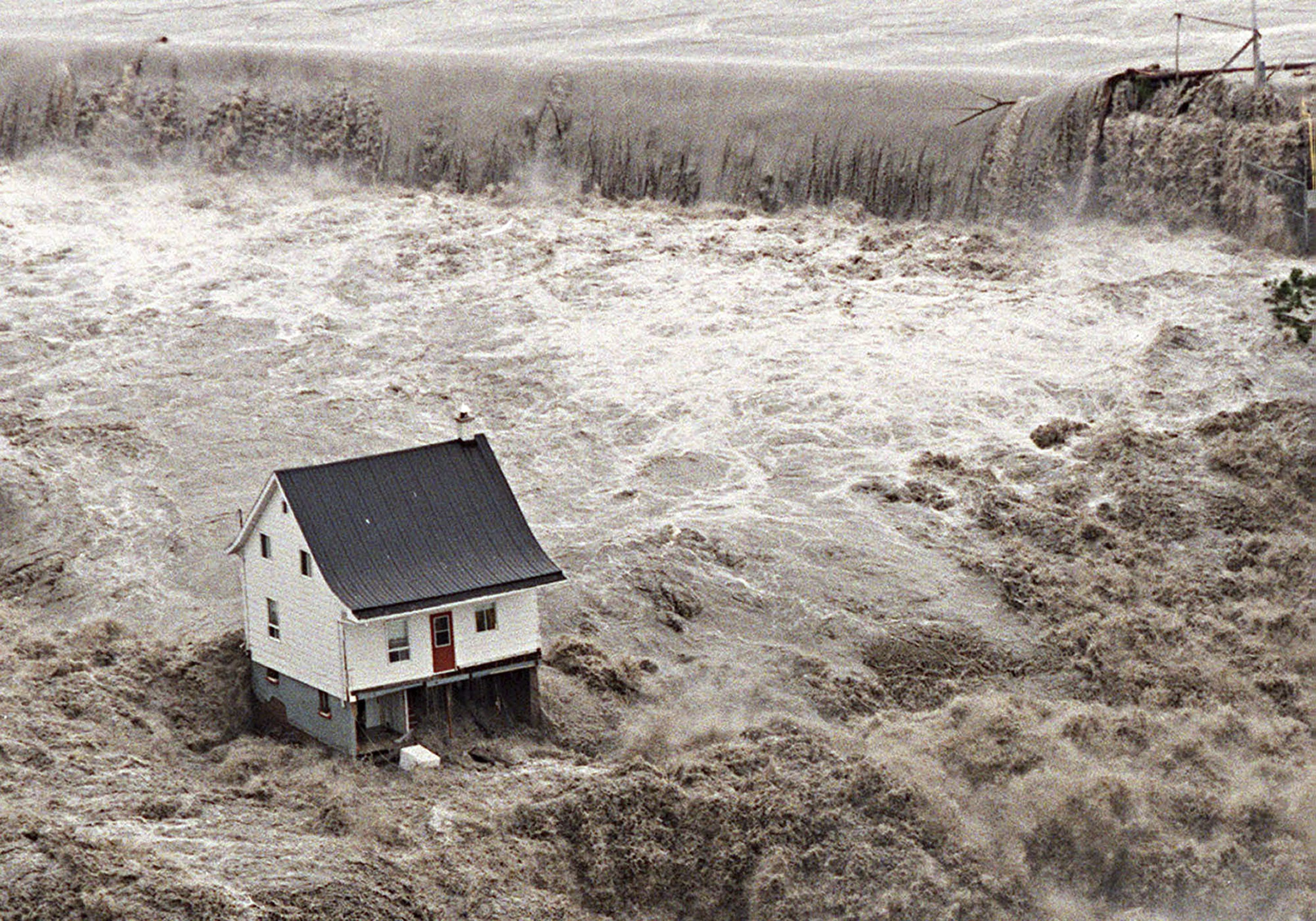 Chicoutimi River Flood, 21 July 1996