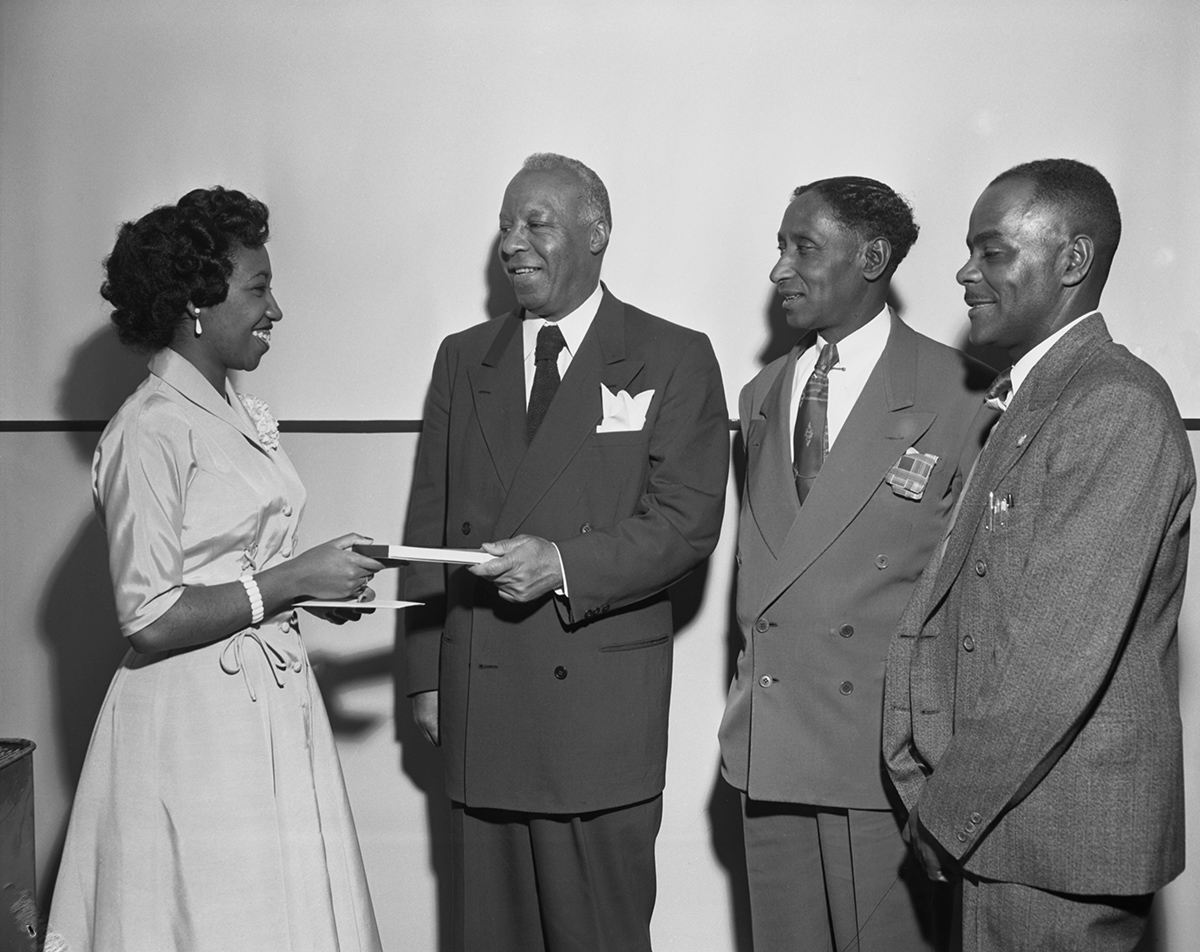 Railway Porters Presentation to Violet King