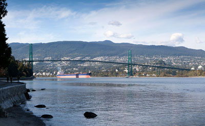 Lions Gate Bridge, 2011