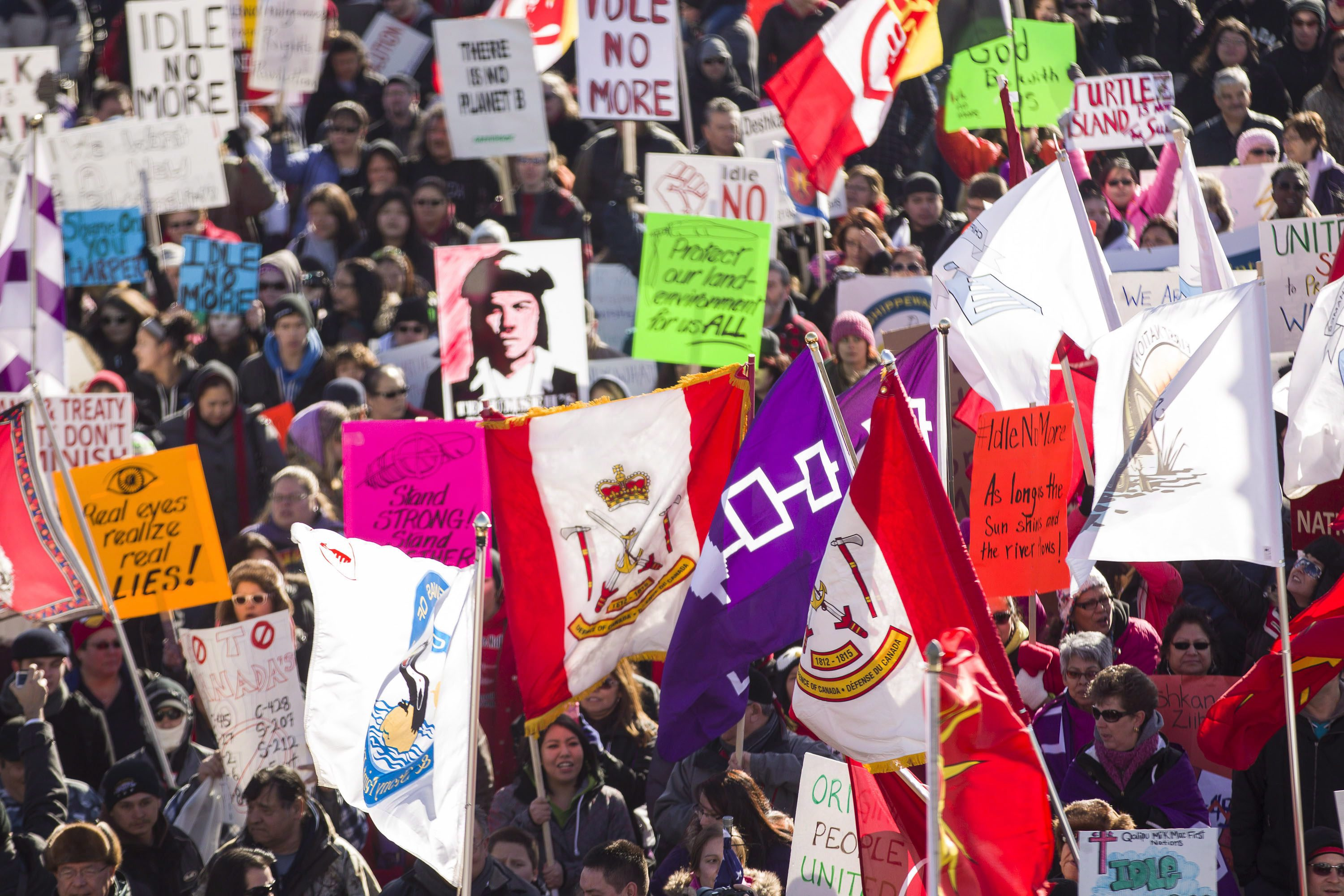 Approximately 1000 Idle No More protesters in Windsor Ontario on January 16, 2013.