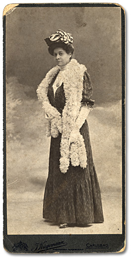 Docteure Mary Waring, vers 1890.