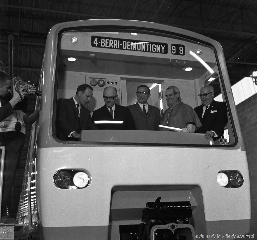 Delivery of the first subway cars for the Montréal metro, 1965