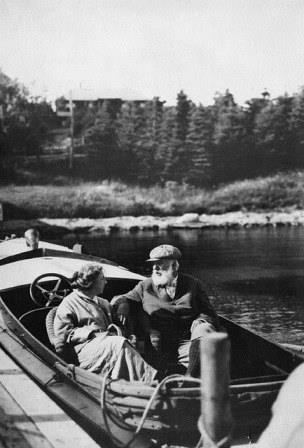 Alexander Graham Bell and Mabel Bell