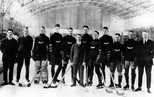 Frank Thorsteinson and the Winnipeg Falcons at War