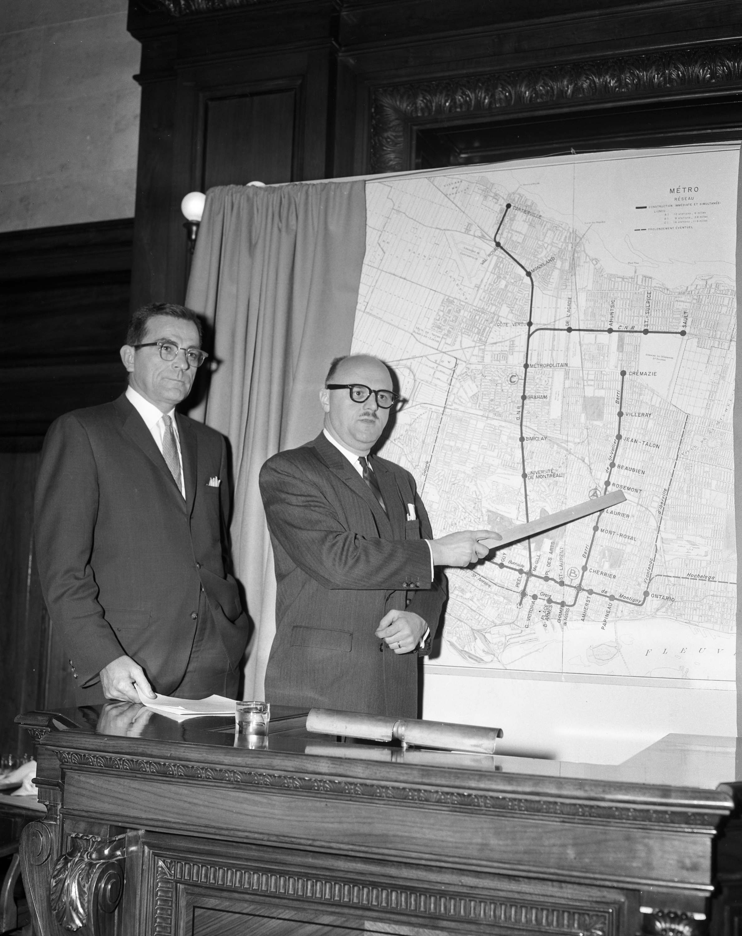 Unveiling of the proposed Montréal metro network, 1961
