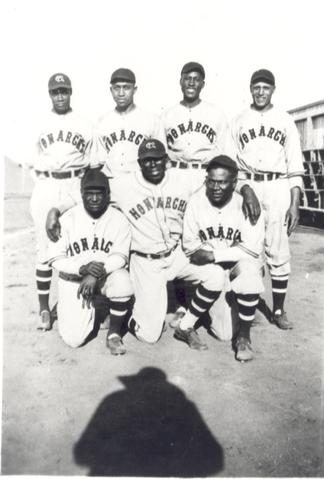 Kansas\u00a0City\u00a0Monarchs\u00a0Baseball\u00a0Team, in Amber Valley, Alberta, 1935.