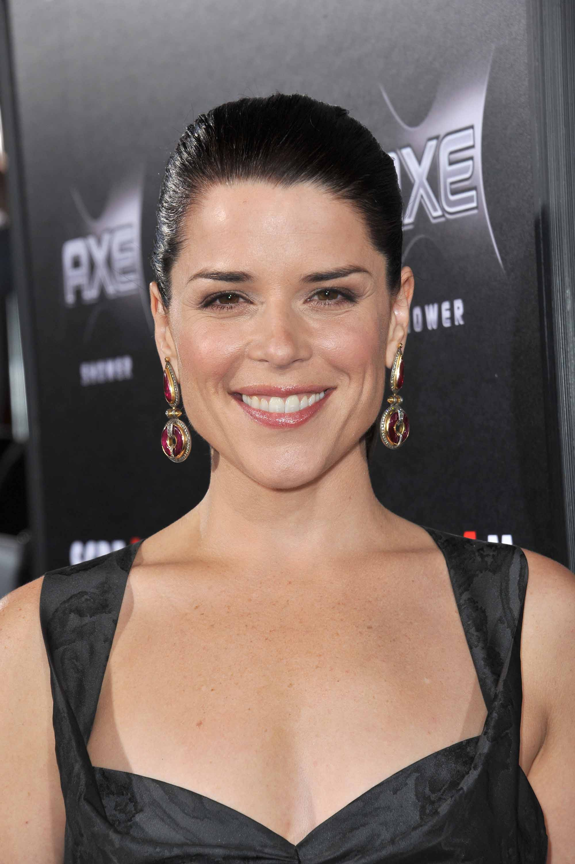 Instagram Neve Campbell naked photo 2017