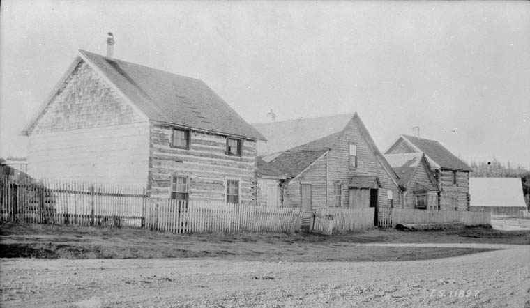 100 Mile House, 1928
